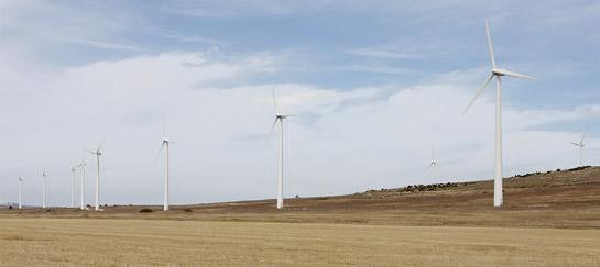En nuestro país el 20% de las energía es de origen renobable lo cual reduce nuestra huella ecológica.